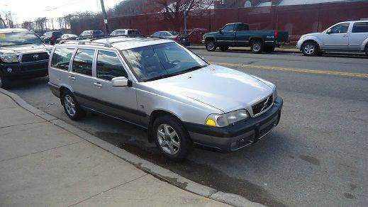 Volvo V70 1999 $1495.00 incacar.com
