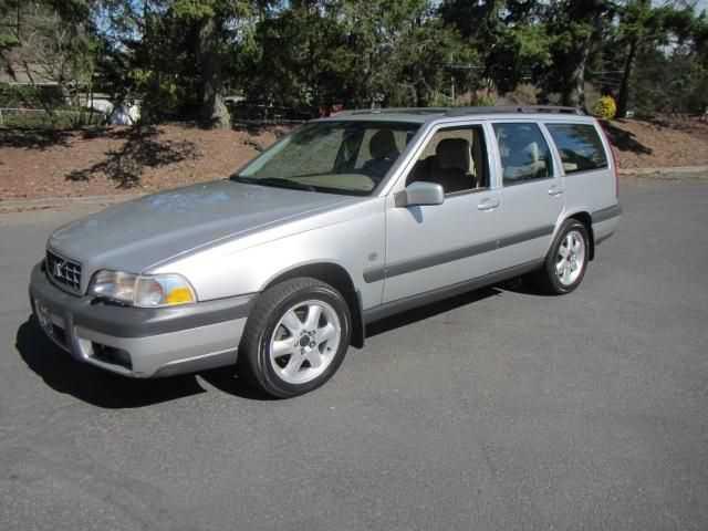 Volvo V70 2000 $4999.00 incacar.com