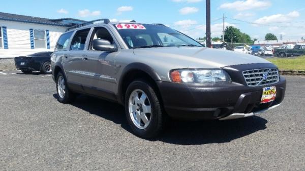 Volvo V70 2001 $3495.00 incacar.com