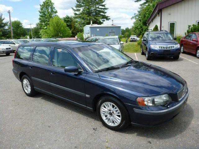 Volvo V70 2004 $2190.00 incacar.com
