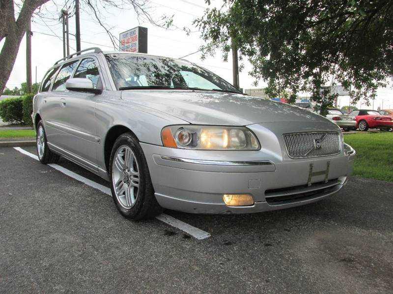 Volvo V70 2006 $4500.00 incacar.com
