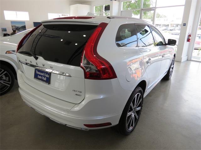 Volvo XC60 2016 $44560.00 incacar.com