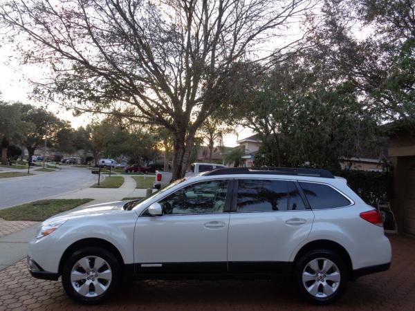 Subaru Outback 2012 $5300.00 incacar.com