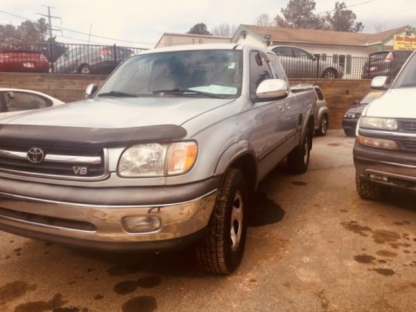 Toyota Tundra 2000 $3500.00 incacar.com