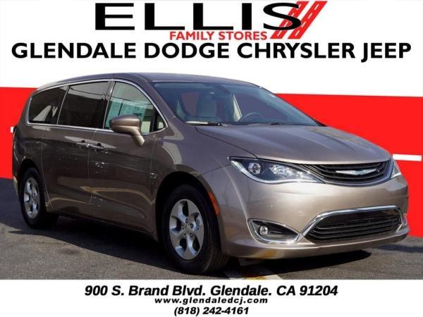 Chrysler Pacifica 2018 $41888.00 incacar.com