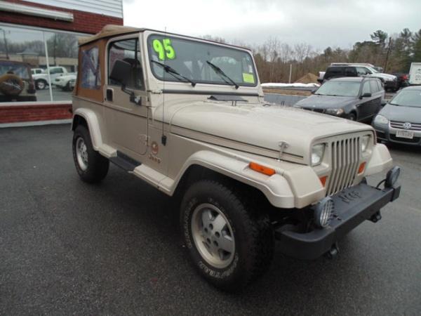 Jeep Wrangler 1995 $7000.00 incacar.com
