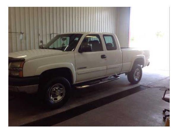 Chevrolet SILVERADO AND OTHER C/K2500 2004 $7500.00 incacar.com