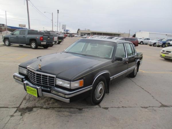 Cadillac DeVille 1993 $4995.00 incacar.com