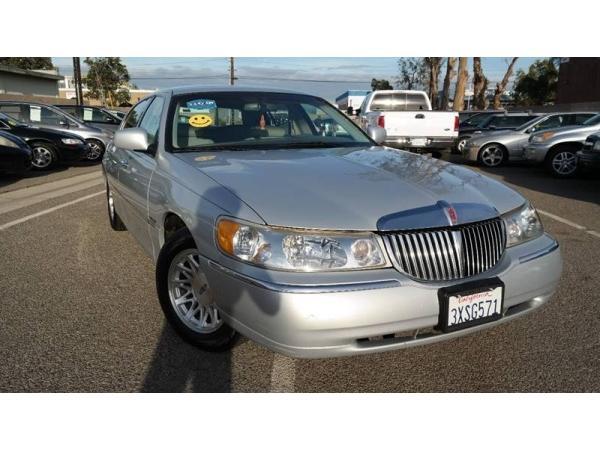 Lincoln Town Car 1998 $4480.00 incacar.com