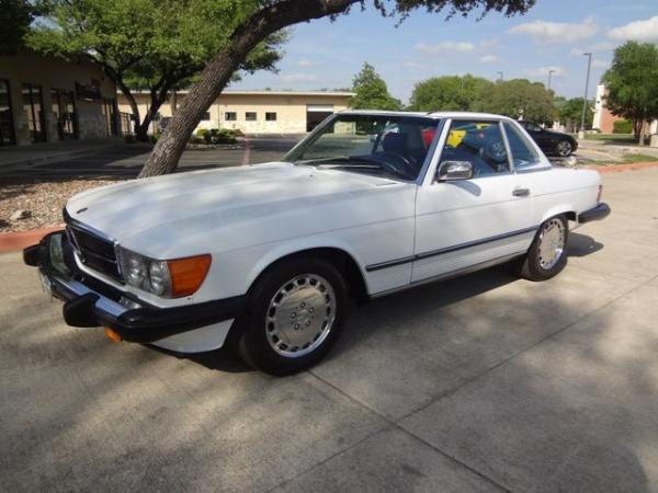 Mercedes-Benz 560 1988 $38900.00 incacar.com