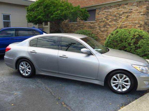 Hyundai Genesis 2013 $13999.00 incacar.com