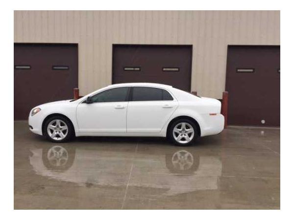 Chevrolet Malibu 2011 $3900.00 incacar.com