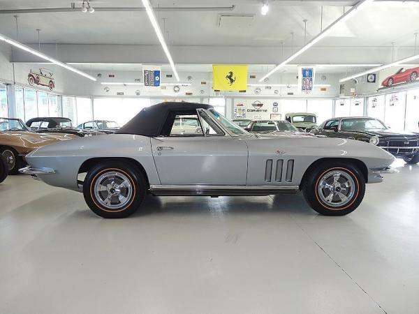 Chevrolet Corvette 1966 $53500.00 incacar.com