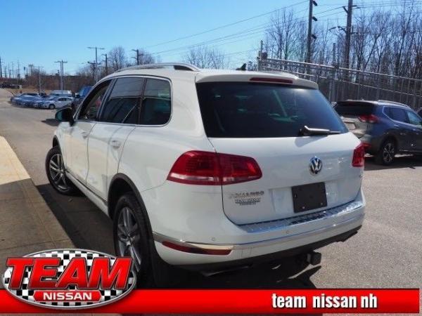 Volkswagen Touareg 2016 $500.00 incacar.com