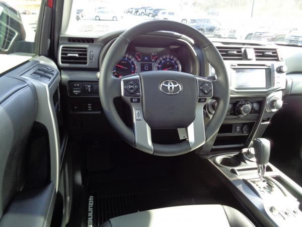 Toyota 4Runner 2018 $37900.00 incacar.com