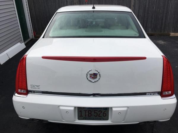 Cadillac DTS 2007 $8000.00 incacar.com