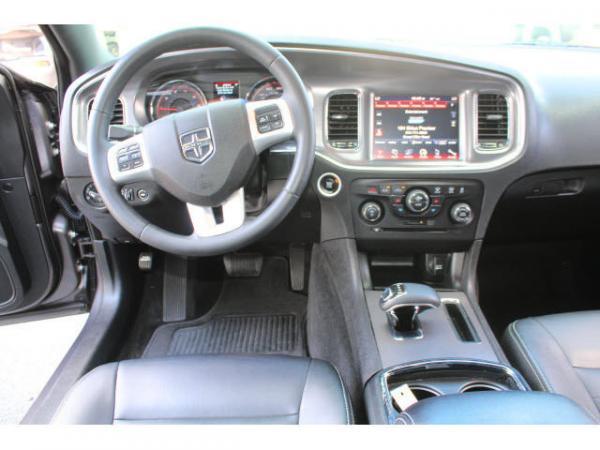 Dodge Charger 2013 $16999.00 incacar.com