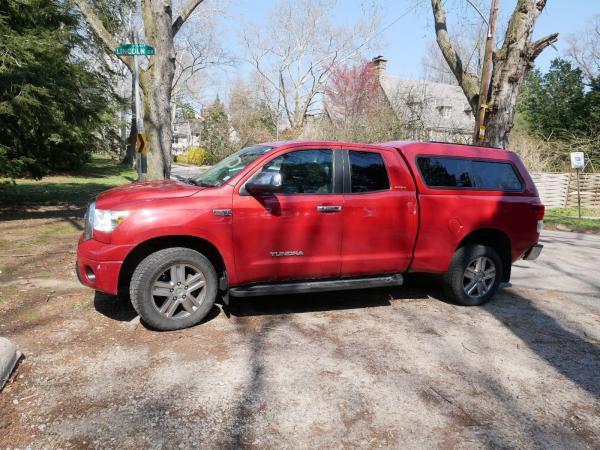 Toyota Tundra 2011 $26995.00 incacar.com