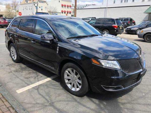 Lincoln MKT 2014 $7995.00 incacar.com