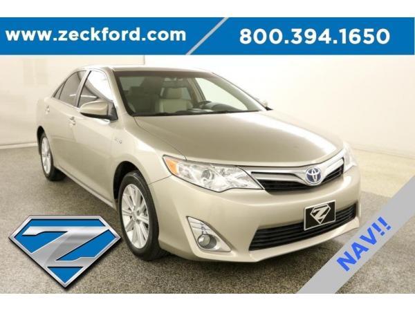 Toyota Camry 2014 $17995.00 incacar.com