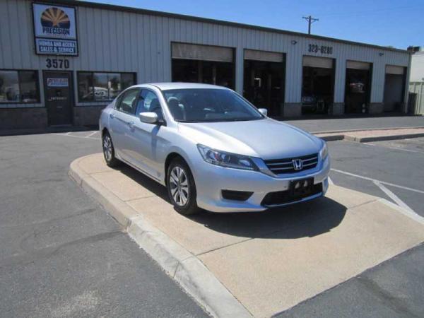 Honda Accord 2015 $14499.00 incacar.com