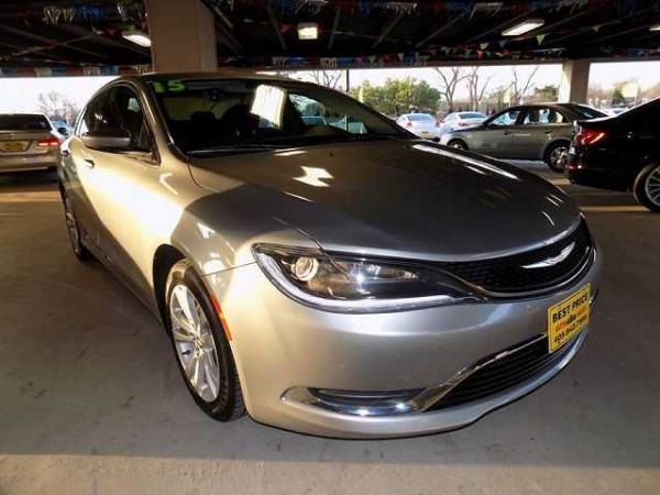 Chrysler 200 2015 $2000.00 incacar.com