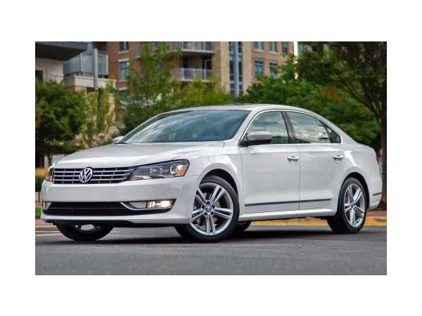 Volkswagen Passat 2015 $16488.00 incacar.com