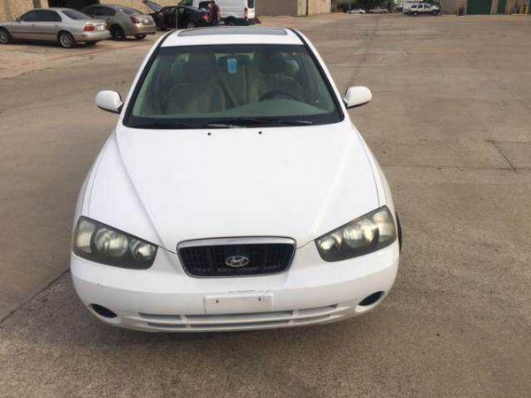 Hyundai Elantra 2002 $2499.00 incacar.com