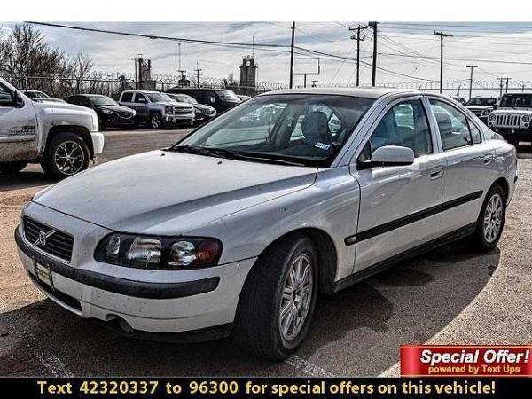Volvo S60 2004 $3111.00 incacar.com
