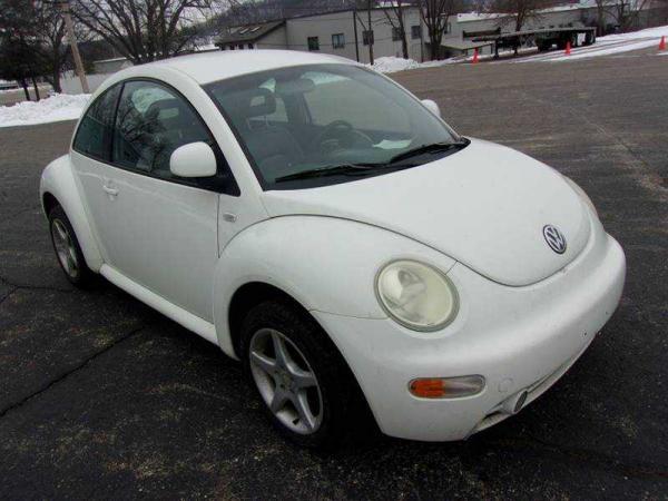 Volkswagen Beetle 1999 $4095.00 incacar.com