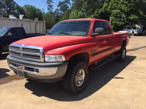 Dodge Ram 2500 2002 $7995.00 incacar.com