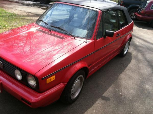 Volkswagen Cabrio 1990 $4550.00 incacar.com