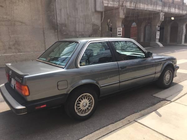 BMW 3-Series 1987 $6500.00 incacar.com