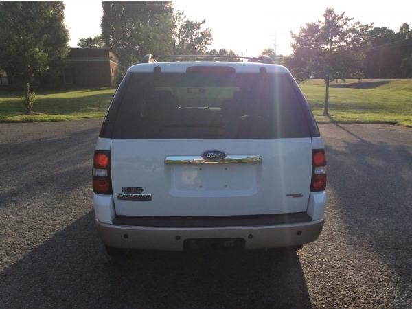 Ford Explorer 2006 $405.00 incacar.com