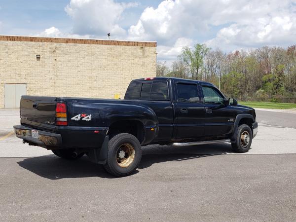 Chevrolet Silverado 3500 2005 $12000.00 incacar.com