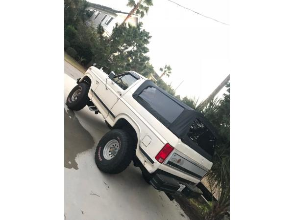 Ford Bronco 1986 $5500.00 incacar.com
