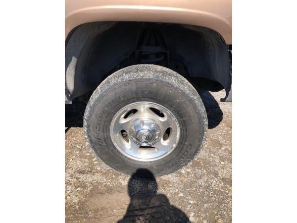 Dodge Ram 2500 2001 $13995.00 incacar.com