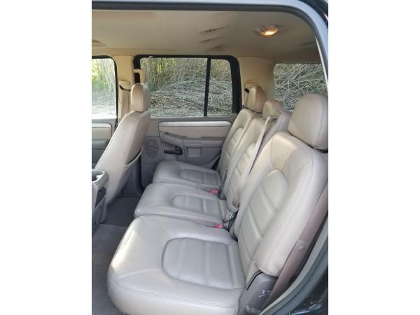Ford Explorer 2004 $5000.00 incacar.com