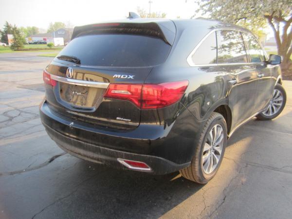 Acura MDX 2015 $17000.00 incacar.com