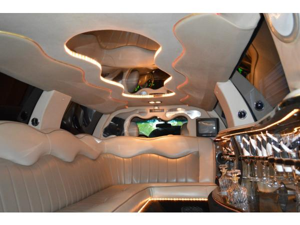 Lincoln Town Car 2003 $7000.00 incacar.com