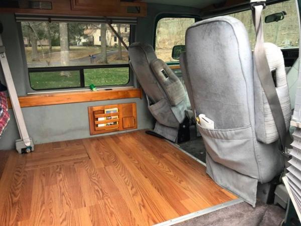 Chevrolet G20 Van 1993 $2000.00 incacar.com