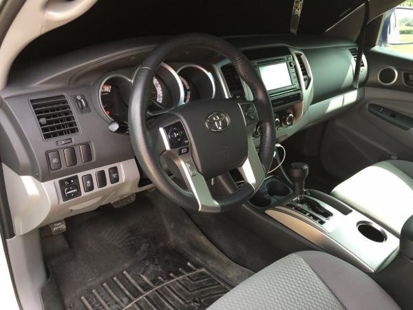 Toyota Tacoma 2015 $27000.00 incacar.com