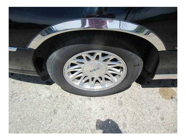 Lincoln Town Car 1999 $3000.00 incacar.com
