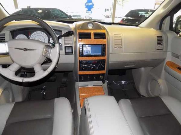 Chrysler Aspen 2008 $1500.00 incacar.com