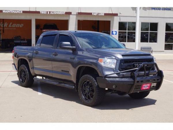Toyota Tundra 2017 $32995.00 incacar.com