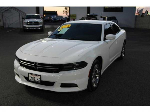 Dodge Charger 2015 $22995.00 incacar.com