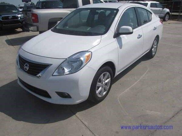 Nissan Versa 2013 $12995.00 incacar.com