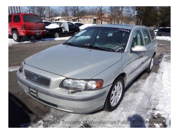 Volvo V70 2001 $2450.00 incacar.com