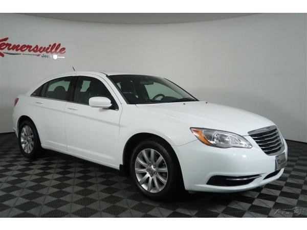 Chrysler 200 Series 2013 $8485.00 incacar.com