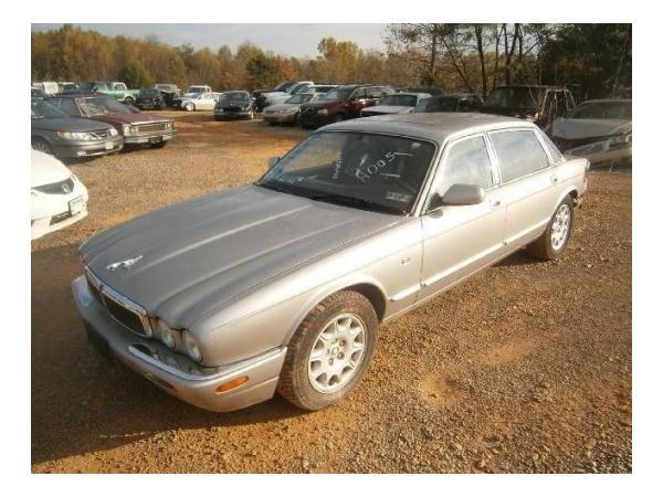Jaguar XJ8 L 1999 $2201.00 incacar.com